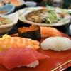 寿司割烹 寿司御殿 - 料理写真:特選握り寿司(名物握り膳)
