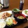 食楽々 - 料理写真:から揚げ定食クララセット(鶏刺し)