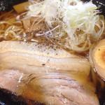 胡麻唐屋 - 醤油ラーメンアップ