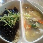 北京 - 炸醤麺+北京麺