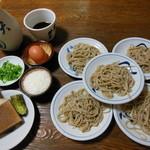 天通 - 料理写真:出石皿蕎麦