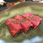 かみのやま温泉 葉山館 翠葉亭 - お肉♡なんのお肉か説明ありませんでした・・・