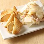 キリン一番搾りガーデン - 贅沢ほどのパルミジャーノチーズと香り高いトリュフ塩入りポテトサラダ。