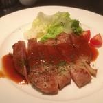 真・燻製酒場 Barrel House - 長寿豚のステーキ