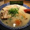 博多ラーメン鶴亀堂 - 料理写真:博多とんこつ 全部のせ 690円