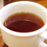 ラッフルズ カリー - 紅茶