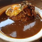 フジヤマプリン - 料理写真:「豚バラ肉カレー」¥1,200+半熟目玉焼き¥100