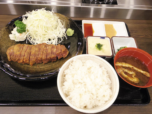 https://tabelog.ssl.k-img.com/restaurant/images/Rvw/50414/50414927.jpg