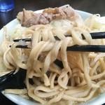 ラーメン二郎 - 麺