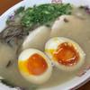 らーめん飛沫 - 料理写真:ラーメン 煮卵トッピング
