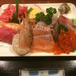 さいとう - 海鮮丼具の大盛