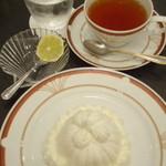 カフェ シャポー - マロンシャンテリーセット1,420円。