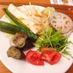泥武士 キッチン - 野菜ビュッフェ