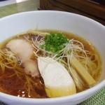 麺や金時 - 醤油ラーメン
