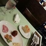 50505224 - 前菜とパン