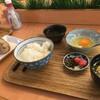 musubime - 料理写真:たまごかけごはん朝セットと鶏ごぼうのおむすび