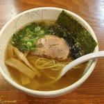 あづま家 - 醤油ラーメン 720円