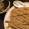 麺屋武蔵 巖虎 - 料理写真:大盛つけ麺。以外とサラッと食べれちゃう。卓上の特製山椒唐辛子が美味しい。