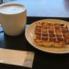 スターバックス・コーヒー - 料理写真:ソイラテとアメリカンワッフル