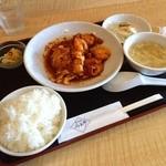 みわ亭 - 特製エビのピリ辛ソースランチ