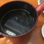 きり - 蕎麦湯はサラサラ薄いタイプ