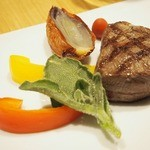 50587183 -                    「尾崎牛のグリエ 3種のソース」