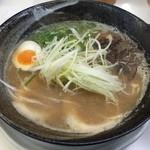 交野きんせい - Wスープ豚骨(750円)