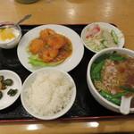 台湾料理 海鮮館 - エビチリ定食