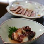 蕎麦・酒 青海波 - タコの甘煮 600 レア仕立てです
