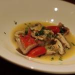 ポアジェ - お魚: 金目のスープ仕立て レモングラス風味