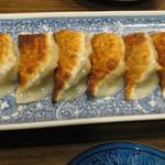 炒め処 寅蔵 - 焼き餃子(6個)