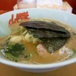 山岡家 - 料理写真:[2016/05]醤油ラーメン・麺固め・油少なめ(630円)