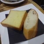 ビストロカフェ レディース&ジェントルメン - セットのパン