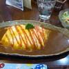 木の香り - 料理写真:薬膳オムライスカレーサラダ付き(850円)
