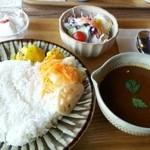 珈琲 さんぽ - 「鶏のカレーライス」