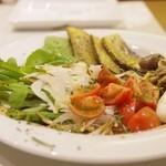トラットリア テンポ ドーロ - 季節野菜の気まぐれインサラータ