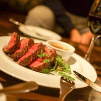 鹿児島産黒毛和牛や函館直送鮮魚等、旬の厳選食材を使用!