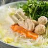 芝 - 料理写真:透明スープ本場博多の水炊き
