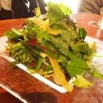 50703834 - ポム ド テールさんのおいしい無農薬野菜サラダ 800円