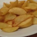 ビストロペイザンヌ - 料理写真:ポテトフライ、白トリュフ塩