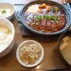 やよい軒 - 料理写真:味噌かつ煮定食(税込760円)