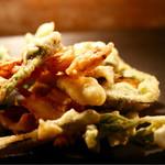 ファイ - 料理写真:コウイカと山菜のフリットミスト