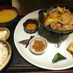 花様 NU茶屋町 - 料理写真:十種おばんざい日替わり御膳 ¥993