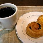 ブックオフカフェ 白金台店 - コーヒーとデニッシュなど