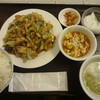 上海錦江飯店 - 料理写真:厚杨と野菜の四川风炒め:750円