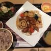 大戸屋 - 料理写真:鶏と野菜の黒酢餡定食