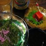 琉球亭 - 豆腐ようと海ぶどう。