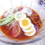 喫茶マンボ - 冷麺(880円)