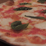 Pizzeria D.F Azzurro - マルゲリータ アップ
