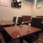 Pizzeria D.F Azzurro - 店内
